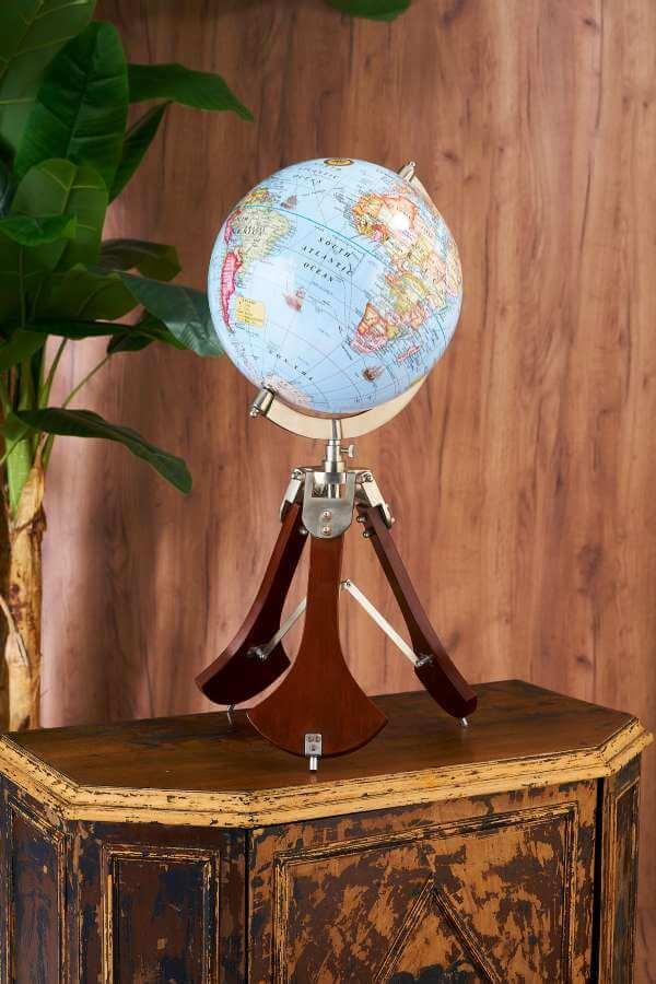 Ahşap Ayaklı Büyük Dünya Küre