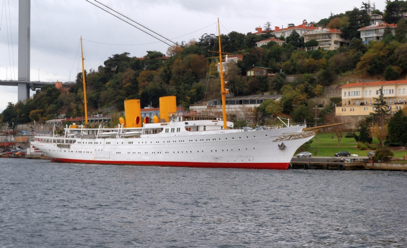 Savarona Ship-23 April