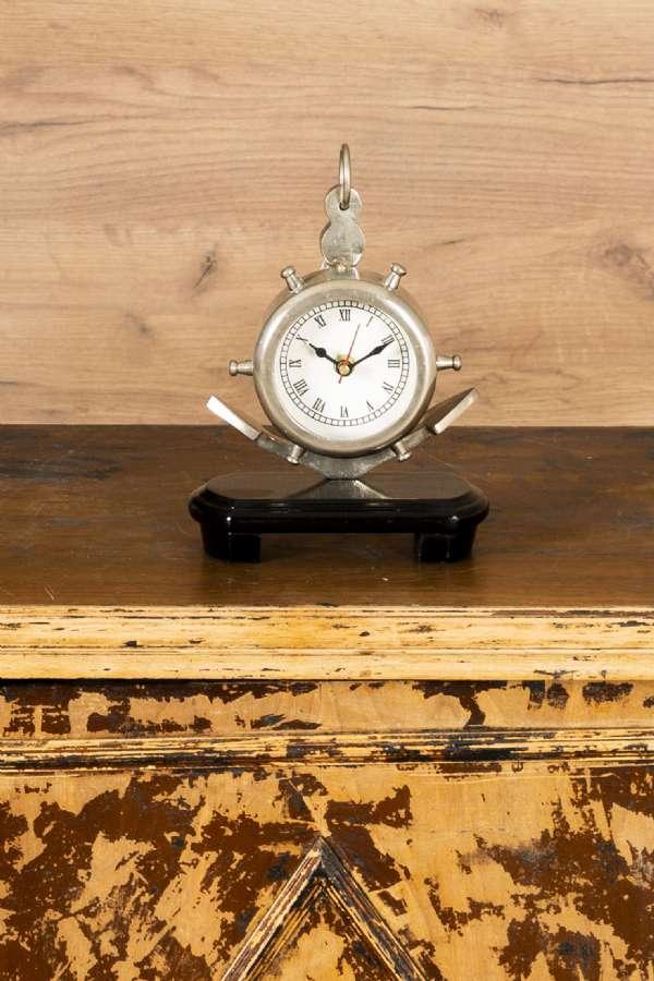 Metal Çıpa Figürlü Masa Saati