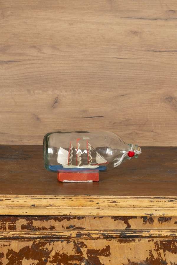 Cam Şişe İçinde Yelkenli Gemi Maketi